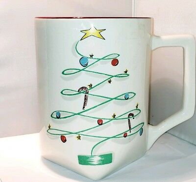"""WINFIELD WARE PITCHER Christmas Tree Tom 'n' Jerry Egg Nog Pitcher 8.75"""" x 7"""""""