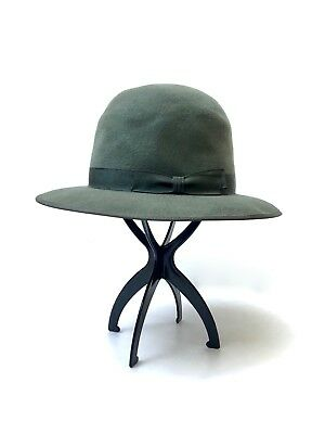 AKUBRA!!! Vintage 1970s 'Akubra' army green fur felt hat with domed crown