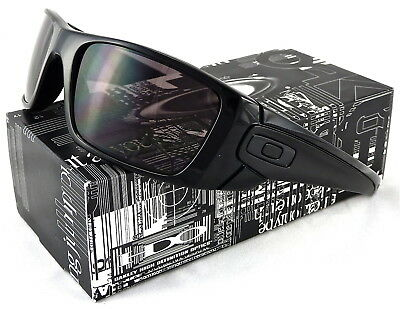 ed2c0507a1 New Oakley Fuel Cell Sunglasses Oo9096-01 Polished Black   Warm Grey Lens