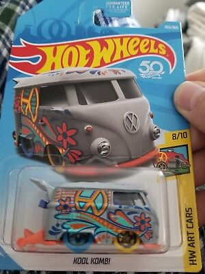 2018 Hot Wheels Volkswagen Kool Kombi Grey Q-Case, HW ART CARS 8/10