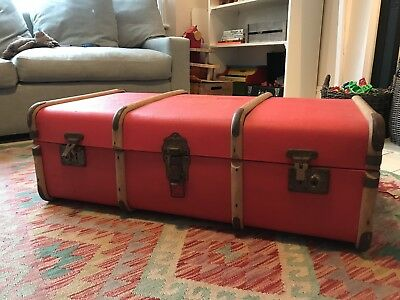 Antique Suitcase / Toy Chest / Coffee Table (RED)
