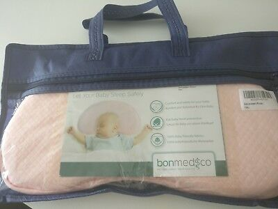 Anti flat head baby pillow Bonmedico