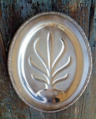 Wm Rogers Oneida Silver Plated Oval Well-&-Tree Meat Serving Footed Vintage Tray