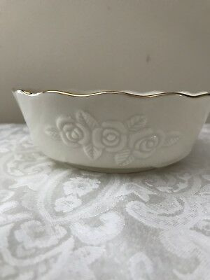 Lenox Rose Blossom Bowl Ivory with Gold Trim - excellent condition