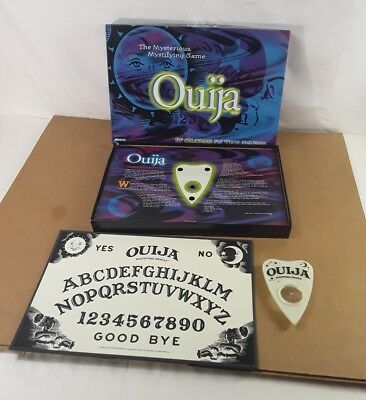Parker Brothers 1998 Glow In The Dark Ouija Board complete