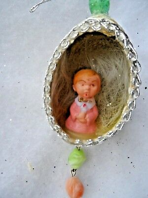Vintage Handmade Christmas Orn - REAL EGG DIORAMA CHOIR BOY KNEELING w/CANDLE