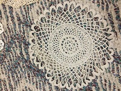 Nice Lot Of Six Vintage Crocheted Doilies Ranging In Size 6 -17 In FREE USA Ship