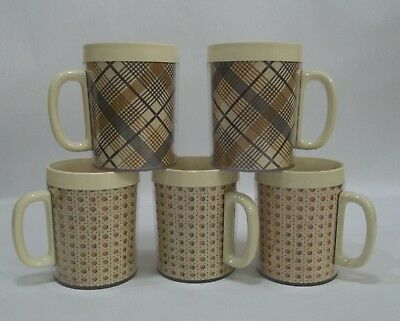 Vintage Lot of 5 Thermo-Serv Insulated Plastic Mugs Plaid Rattan Brown Gray