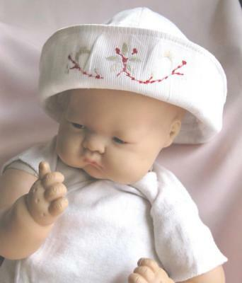 True Vtg 1950's Baby Toddler Hat bonnet White Cotton w/ Embroidery Sailor Style