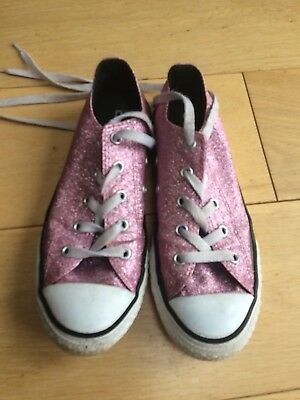 6f9cc14c38d2 TODDLER GIRLS PINK Sparkly Glittery Velcro Converse Size UK 7 ...