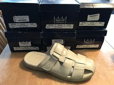 New$300 Majestic Mens Sandals Lot Of 10 Pair