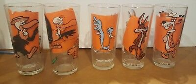 LOT OF 5 Vintage Pepsi Cartoon Glasses 1973 Warner Bros Looney Tunes..