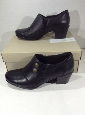 6ff7dc7de97 CLARKS Womens Emslie Warren Black Leather Casual Booties Shoes Size 6.5  F2-220