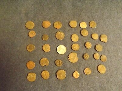 LOT OF 25 ANCIENT BRONZE ROMAN COINS Unclean Mid-Low Grade WWII North Africa 33