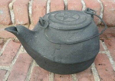Antique Chattanooga Star #8 Stove Teapot Tea Kettle Swivel Lid Cast Iron ~NICE!~