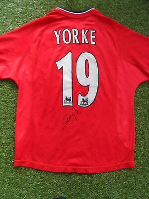 3e90299ae DWIGHT YORKE  19 Hand Signed Name   Number Manchester United 2000-2002 Shirt