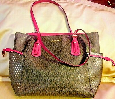 c7a167c38b62 MICHAEL KORS VOYAGER East West Signature Tote (Brown Burnt Red ...
