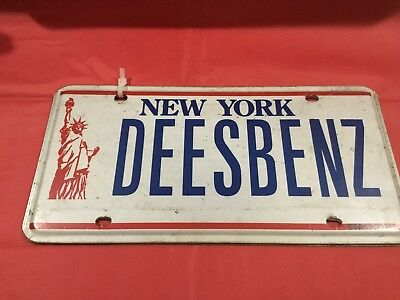 Vanity New York Statue of Liberty License Plate Set of 2-Red White Blue Deesbenz