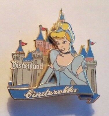 Disney Dlr Princess Cinderella Castle Series Pin
