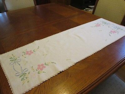 "Vintage Linen Dresser Scarf with Embroidered Pink Flowers - 13"" x 38"""