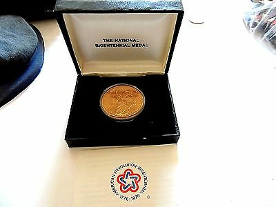 """1976 United States Bronze """"National Bicentennial Medal"""" With Case & C.O.A."""