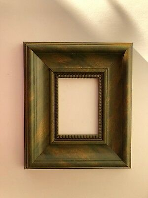 NEW Quality plastic ACEO Art/sports card 3.5 x 2.5 green picture frame