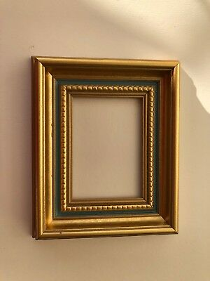 NEW Quality plastic ACEO Art/Sports card 3.5 x 2.5 gold picture frame