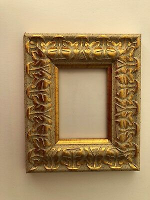 NEW Luxury plastic ACEO Art/Sports card 3.5 x 2.5 gold picture frame