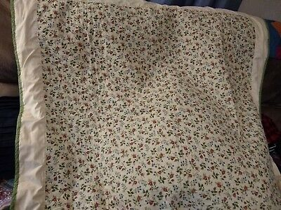"""Beautiful Vintage Handmade Tablecloth/Quilt/Throw 49"""" x 49"""""""