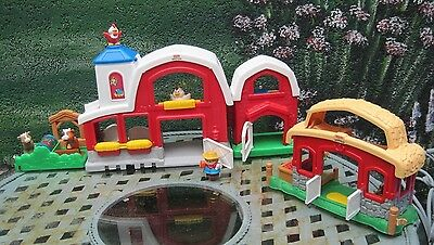 Fisher Price Little People Bauernhof + Pferdestall mit Sound !!!