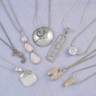 Mixed job lot of 8 silver pendants with silver chains, lot 2, 49.7g