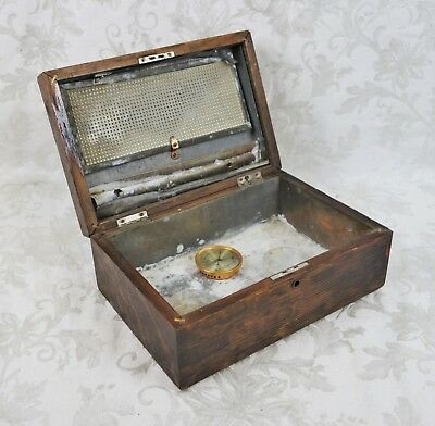 Vintage Antique Wooden Oak Cigar Tobacco Humidor Wood Box