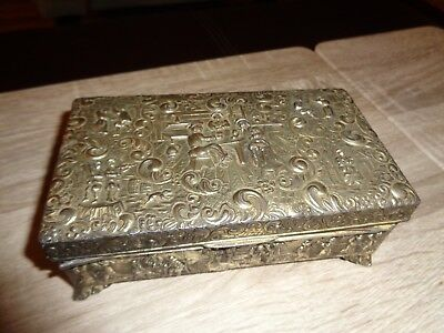 Small Old World Metal Brass Trinket Stash Box. Vintage Antique Hand Made. Party