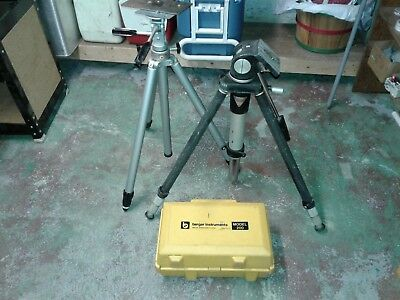 Berger Instruments Model 200 Surveying Level Transit-Level with 2 tripods