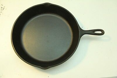 """Vintage Cast Iron No 10 Skillet 3 Notch Heat Ring 12"""" Unmarked Lodge Pan 1950's"""