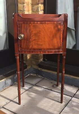 Antique George III Bow-fronted Flame Mahogany Pot Cupboard Bed Stand