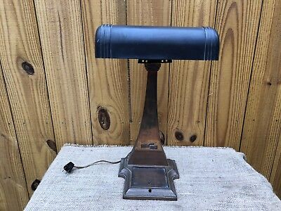 ANTIQUE 1917 HEAVY BRASS AMRONLITE BANKERS DESK LAMP Black CASE SHADE Vintage