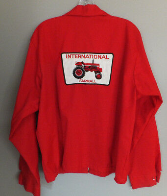 Vintage INTERNATIONAL HARVESTER FARMALL IH Jacket Big Tractor PATCH Sz Large