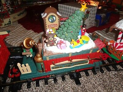New Bright Holiday Express TREE TOP TENDER 387 train animated sound 384 gs