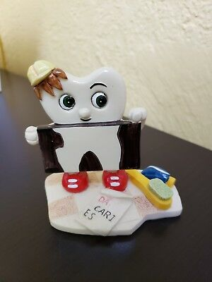 Dental Figurine Decorative Tooth Molar Clean Team Hand-painted Resin Collection