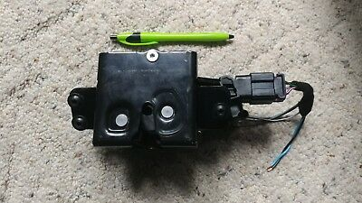 2011 chevy traverse rear actuator locations