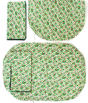 Vtg 1970's Christmas Holly Berry Placemats w/ Napkins 4pc set EVC