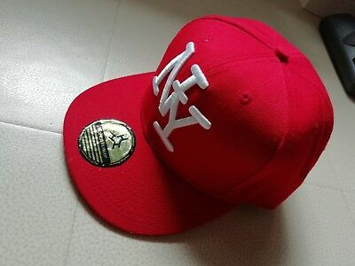 Casquette NY HipHop Honour rouge broderie