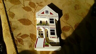 1992 Shelia Queen Anne Town House San Francisco circa 1895-Wood cut out
