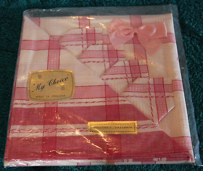 "Vintage Irish linen table cloth,& 4 napkins,""My Choice""pink,red,white, brand new"