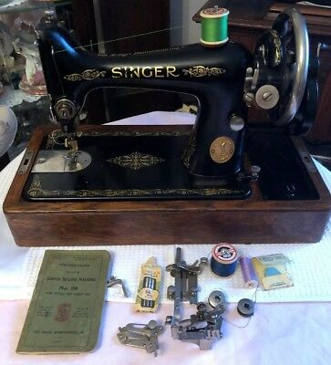 Vintage Singer 99k Sewing Machine With Case,instructions & Accessories 1924