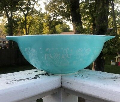 Vintage Pyrex Aqua Blue Amish Butterprint Cinderella Mixing Bowl 444 | 4 QT