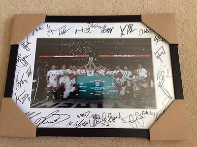 England rugby team 2016 framed photo signed by 28 players + authenticity cert.