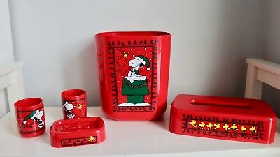 Vintage Peanuts Christmas Snoopy & Woodstock 5 Pc Bathroom Set