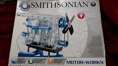NEW Smithsonian Motor Works 4-Cylinder Engine Model Kit Physical Science Age 8+